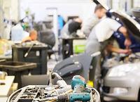 Warsztat samochodowy i dobre narzędzia warsztatowe